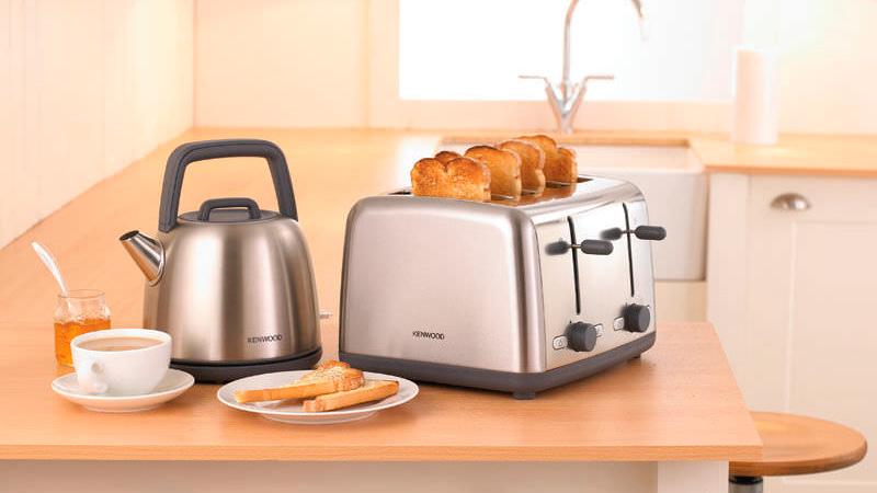pane tostato con tostapane